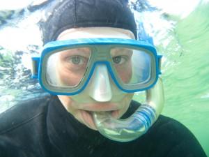 snorkler med maske og dragt